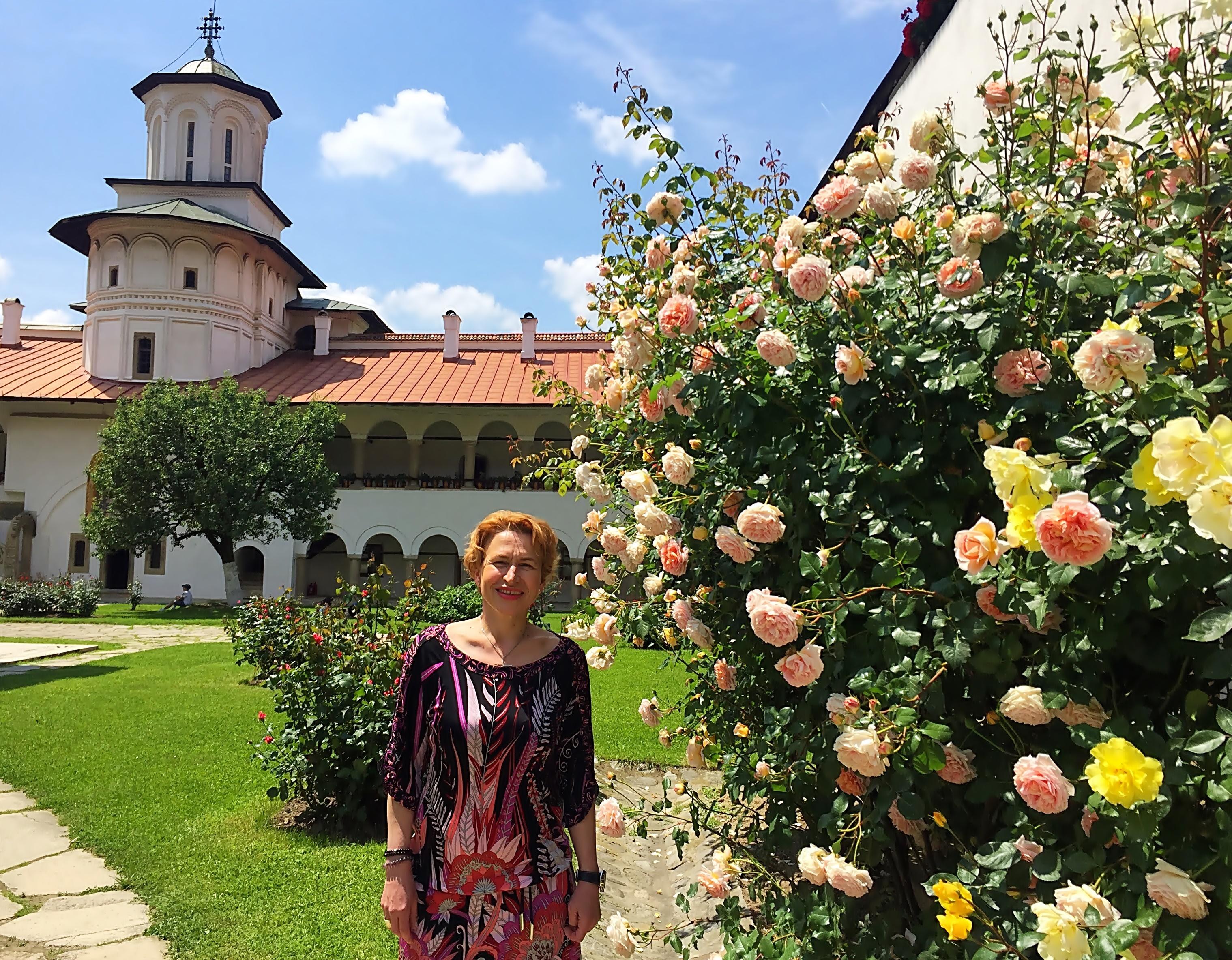 Florentina Boghez, vacanta la Manastirea Hurezi